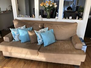 Macro suede 2.5 seater lounge