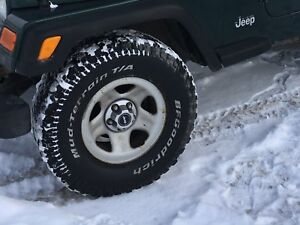 Used Jeep Tires TJ    31x10.5x15      5x4.5 bolt pattern