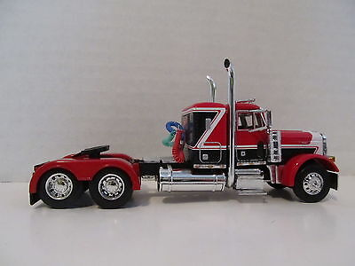 DCP 1/64 SCALE 379 PETERBILT (DAY CAB OPT) RED/BLACK WITH WHITE STRIPE  4