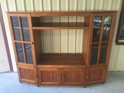 TV Display wall unit | Entertainment & TV Units | Gumtree Australia ...