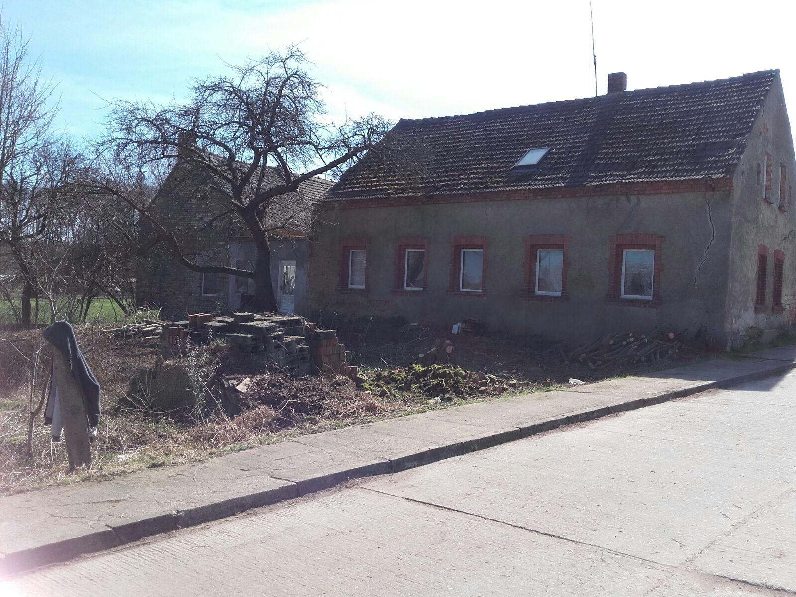 Wohnhaus, Baugrundstück, Abrissgrundstück am Rand der Dübener Heide 1400 qm