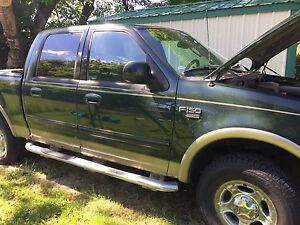 Selling 2003 Ford F-150 Supercrew Lariat