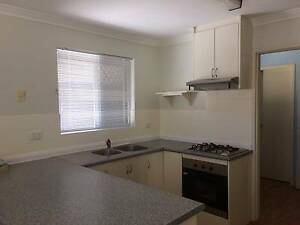 2 X 1 GREAT LOCATION  WITH AIR CON Palmyra Melville Area Preview