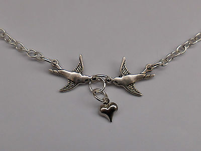 (Rockabilly Swallow Necklace, Tattoo Sailor Jerry Style, Retro, Vintage, Heart.)