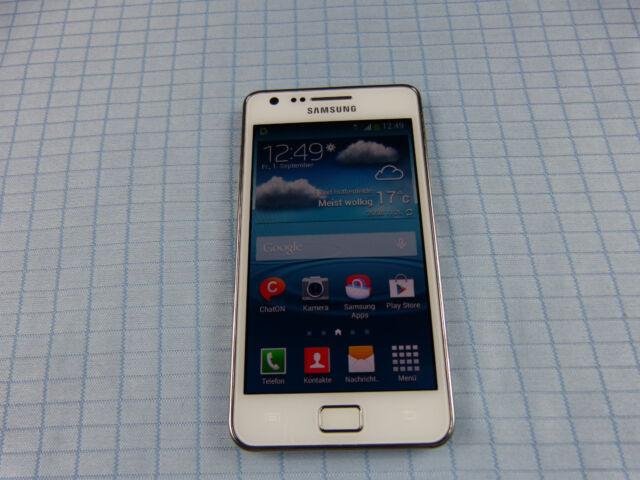 Samsung Galaxy SII Plus GT-I9105 8GB Chic White! Ohne Simlock! TOP ZUSTAND! OVP!
