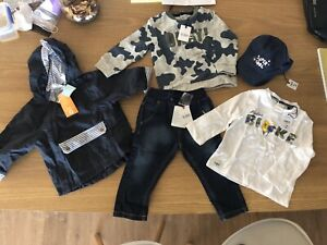 Brand new clothes with tag bought in Italy 12/18 months.