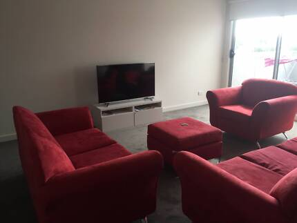MASTER BEDROOM AVAILABLE FOR RENT - $150 PER WEEK Noble Park Greater Dandenong Preview