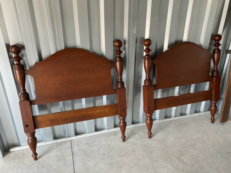 Pair of Craftique Solid Mahogany Twin Cannonball Beds