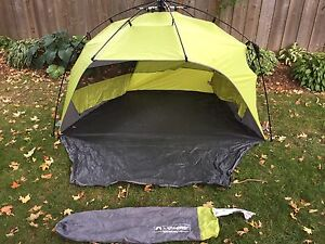 Light speed pop up in seconds tent with carrying bag
