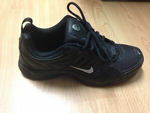 Brand new Nike shoes size 7.5