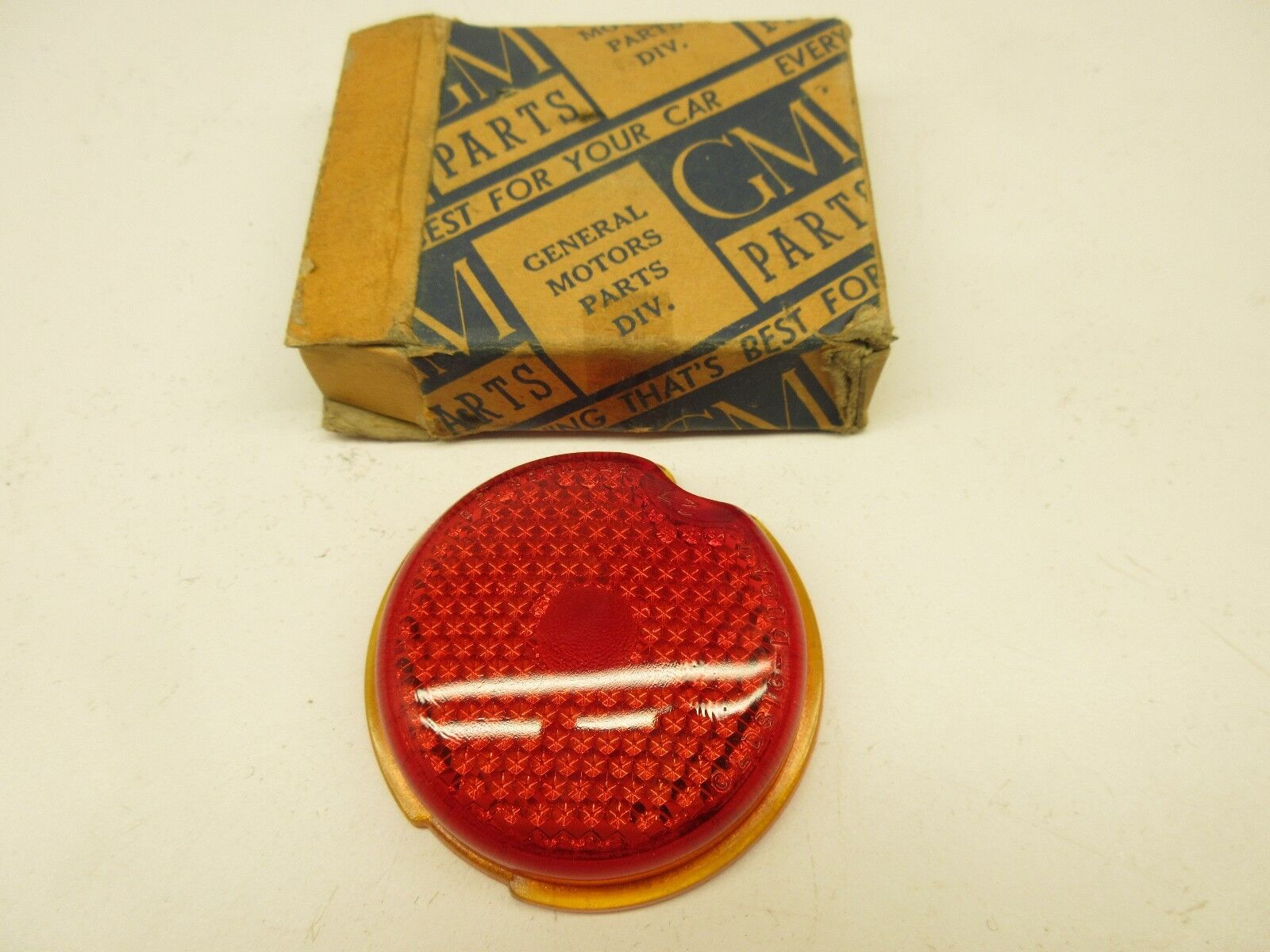 NOS 1939 Chevy 1940 1941 1946 1947 1948 Sedan Delivery Tail Light Lens 920696