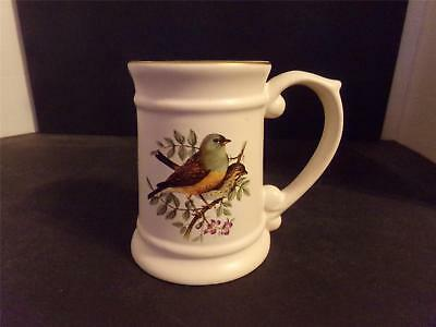 VINTAGE THRUSH SPARROW CHICKADEE? CERAMIC BIRD STEIN MUG CHILE  (L9)