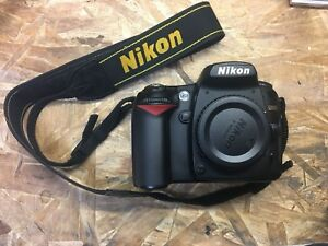 Nikon D90 DSLR Camera Body w/ Box, Cables, Manual