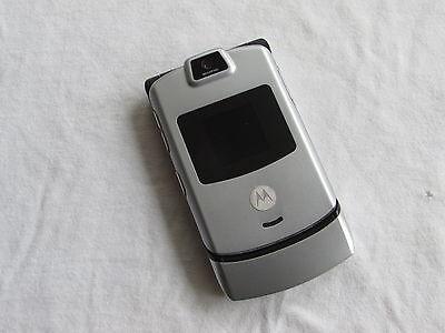 GREAT Motorola Razr V3 VERIZON Cell Phone Razor SILVER
