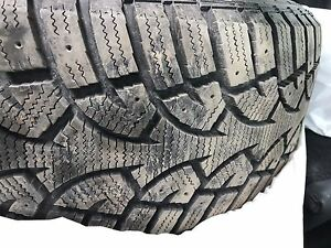 Set of 4 215/50 R17 Winter tires for sell