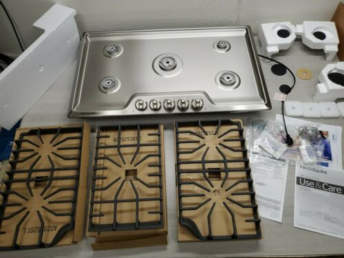 """Frigidaire FFGC3626SS 36"""" Stainless Steel 5 Burner Gas Coo"""
