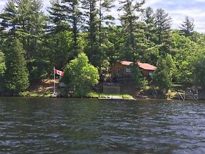 Belmont Lake Island Paradise- Includes 10hp Boat