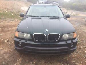 2003 BMW X5 3.0 automatic awd 200,000 km fully loaded