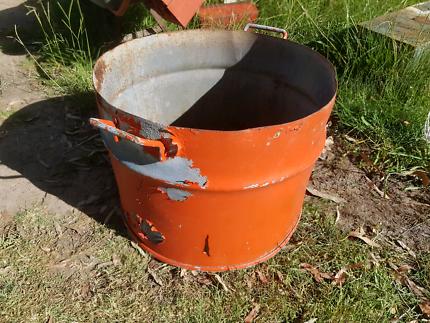 Half drum fire pit