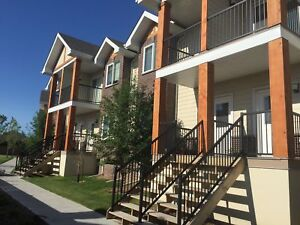 SAVE $$ on this 3 bdrm townhome in St. Albert!