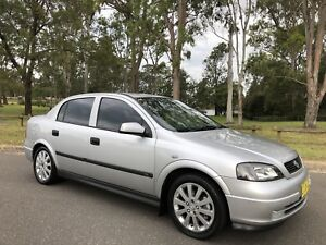 2003 Holden Astra CDX Sedan Leather Seats Logbooks Silver Moorebank Liverpool Area Preview