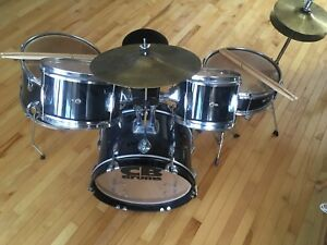 Junior CB Drum kit