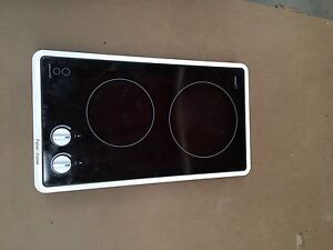 Double hot plate  / cooktop fisher & paykel Cairns Cairns City Preview