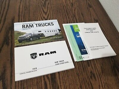 2018 Ram Trucks Owner 1500 2500 3000 Manual Set Glovebox Booklets #886A