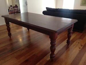 Large family table Wembley Downs Stirling Area Preview