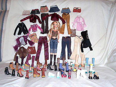 Barbie's 2003 My Scene friend Delancey plus large lot of clothing, shoes