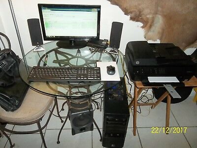 DESKTOP COMPUTER WITH PRINTER AND SPEAKERS