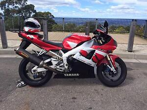 Yamaha R1 2000 Dee Why Manly Area Preview