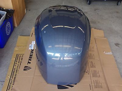 F225 YAMAHA OUTBOARD MOTOR COVER REPAINTED