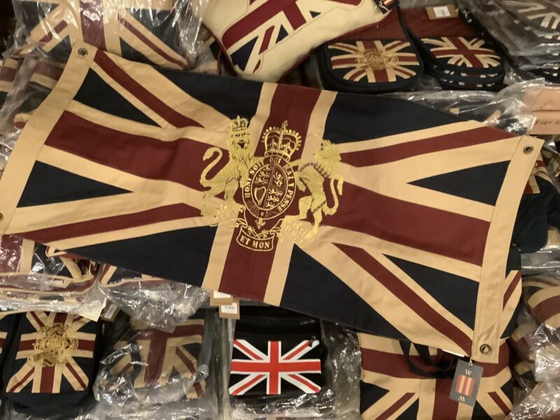 Union Jack Flag with Gold Royal Coat of Arms Embroidered Crest (101x 50cms T D )