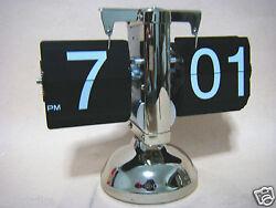 Retro Modern Auto Flip One Stand Metal Desk Table Clock For Home Decor SC03