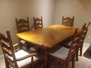 Selling big dining table