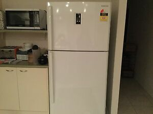 Samsung 2 door fridge freezer Summerland Point Wyong Area Preview