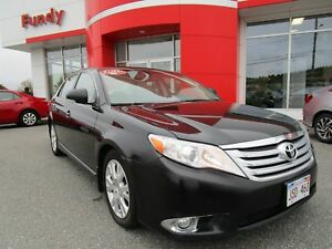 2011 Toyota Avalon XLS w/Navi, Leather, Driver Memory Sys