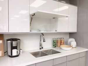 Modern Style Acrylic High Gloss Kitchen Cabinets Special Sale