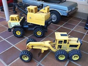 Vintage tonka trucks Red Hill South Canberra Preview