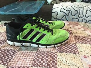 Men's Adidas Sneakers Size 7