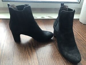 $50 Size 38, narrow fit. Bullboxer - townshoes