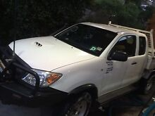 Toyota Hilux 06 Turbo Diesel 4x4 Wantirna South Knox Area Preview