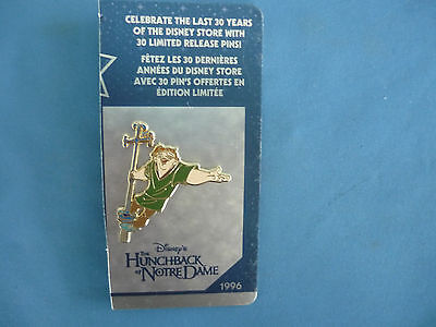 HUNCHBACK Of NOTRE DAME  Disney Pin Disney Store  on cut card  30th anniversary