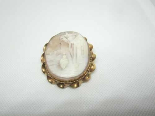 ANTIQUE YELLOW GOLD FILLED LARGE CAMEO PIN BROOCH  WITH SCENE