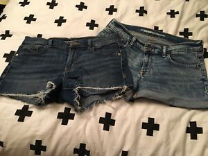 2 shorts Old navy grandeur 8