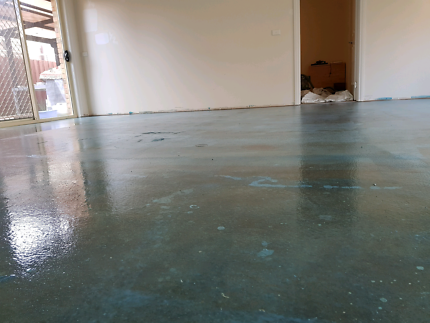 Tile removal and floor laying