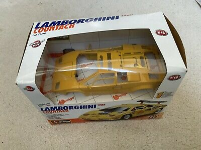 1/18 BURAGO 1988 Lamborghini Countach Metal DieCast Yellow Metal Kit 79370 New