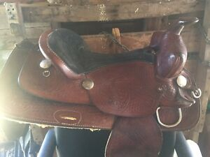 "16"" royal showman saddle"
