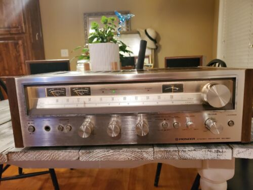 PIONEER SX 580 RECEIVER VINTAGE STEREO - NICE SOUND